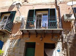 Bilocale in affitto zona Palazzo Reale-Albergaria