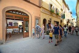 Splendido locale nel Corso di Montepulciano