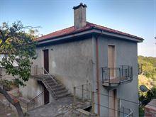 Casa indipendente a Stellanello, fraz.San Damiano