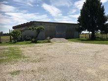 Capannone e casa 20 x 16 m