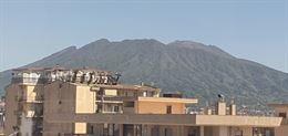 Ufficio arredato panoramico Vesuvio con posti auto